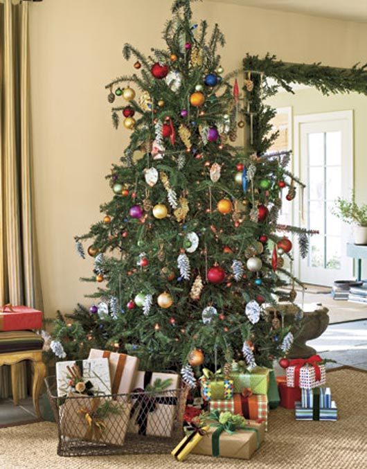 Tree with Pinecone Ornaments