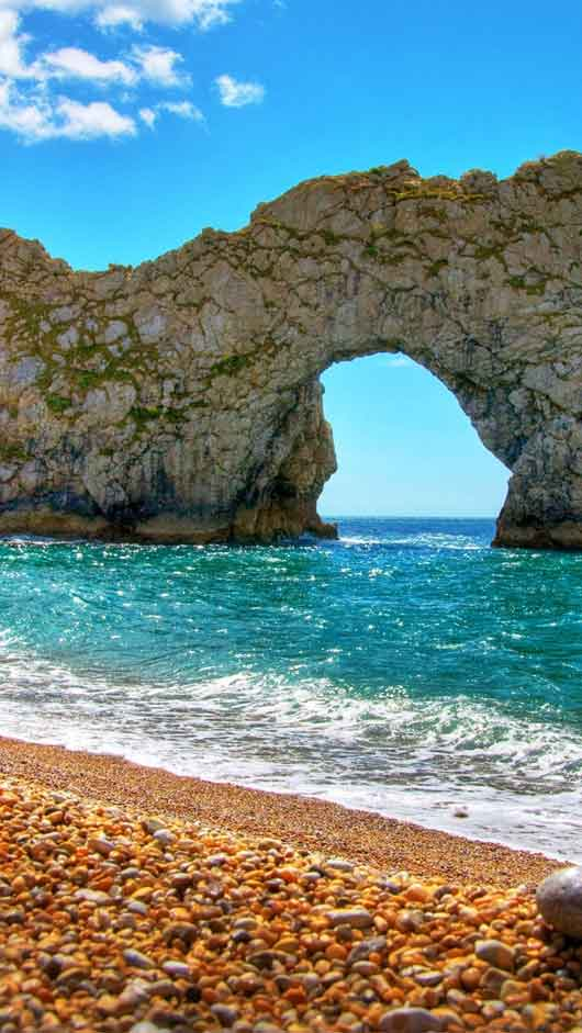 Durdle Door in Summer iPhone 5 Wallpaper