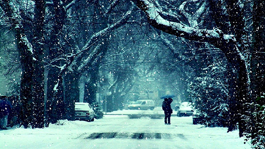 snowy-day-on-the-street-16403