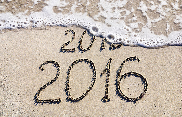 Sea and Sand 2016 Happy New Year Wallpaper