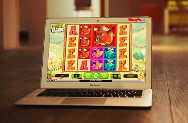 Ten Helpful Tips for Playing Slots Online