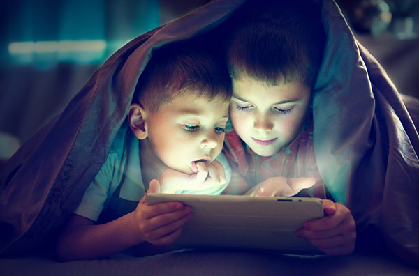 Buying-8-Inch-Tablets-for-kids